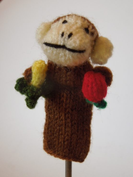 Affe mit Früchten